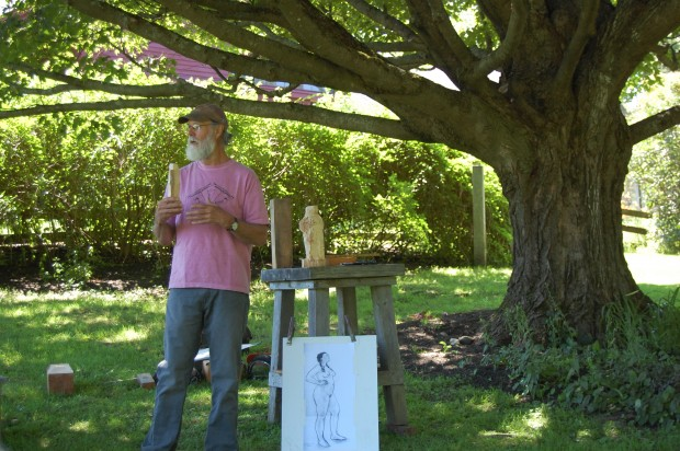 Artist Steve Lindsay giving Figurative Carving talk